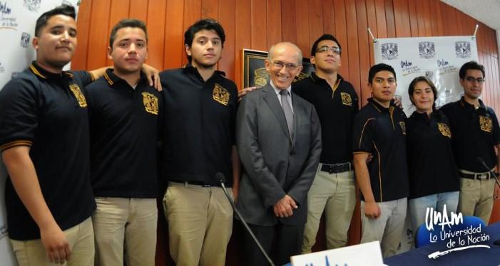 Equipo de ingeniería petrolera  de la UNAM gana Petrobowl, encima de Canadá y EU