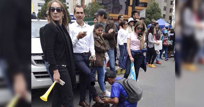 OCDE llama a Latinoamérica a exigir impuestos a clases altas