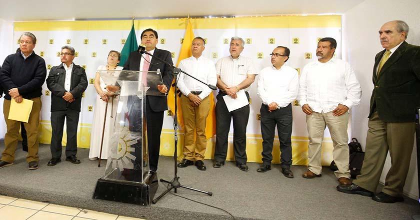 Organizaciones de 'Militantes de Izquierda' expresan su apoyo a AMLO barbosa pablo gomez prd