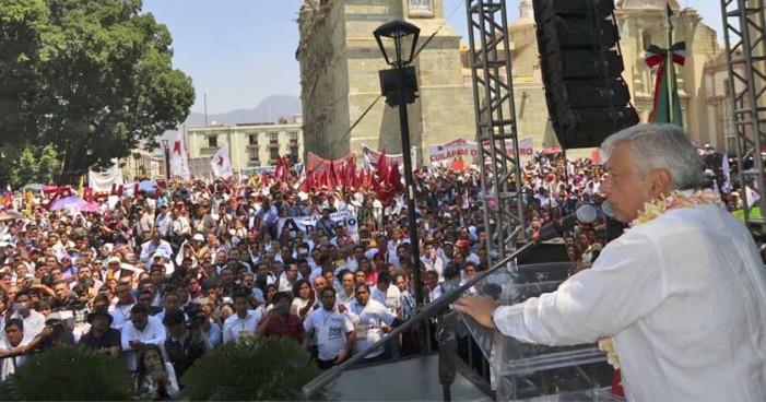 AMLO concreta Acuerdo de Unidad con izquierdas de Oaxaca