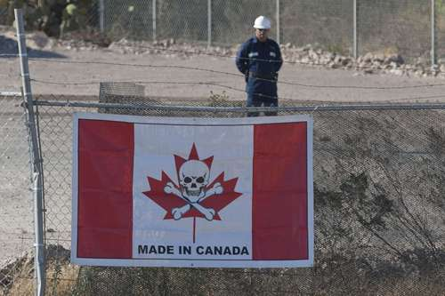 Minera canadiense intenta 'reventar' a trabajadores en Durango