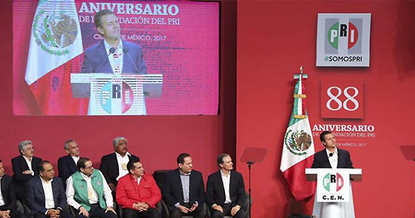Peña Nieto asiste a los 88 años del PRI