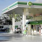 Mexicanos hicieron filas enormes para cargar en primera gasolinera extranjera