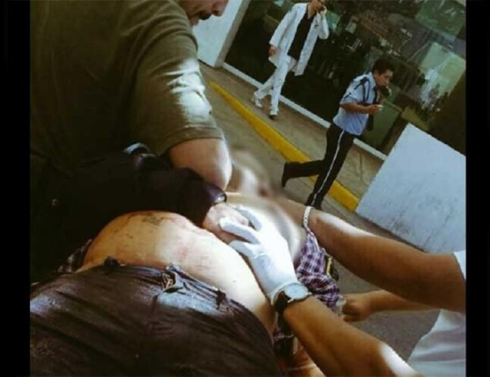Mueren 2 tras intento de asalto en las inmediaciones de la Prepa 5