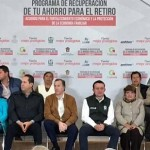Meade y Peña Nieto se suman a la entrega de 'dádivas' en el Edomex