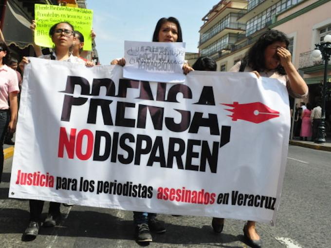 UE podría 'congelar' comercio con México por violencia contra periodistas