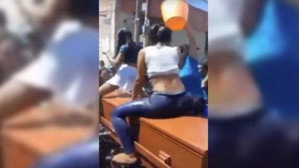 Video de despedida a difunto con 'perreo' se viraliza