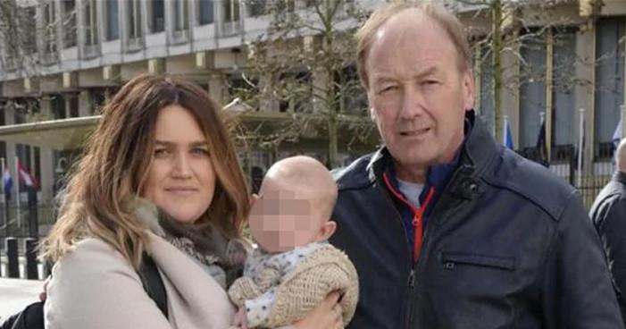Embajada de EU en Londres interroga a bebé por terrorismo