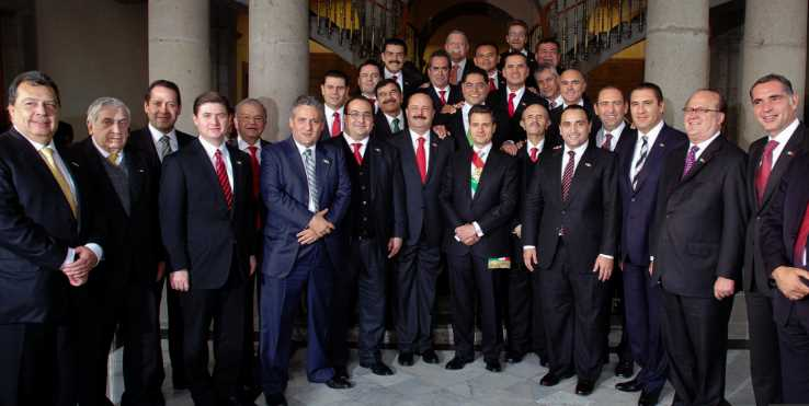 PEÑA Y GOBERNADORES CORRUPTOS