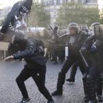 Policía reprime manifestaciones durante elecciones en Francia (EN VIVO)