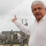 AMLO expone los sobornos en el gobierno de Felipe Calderón