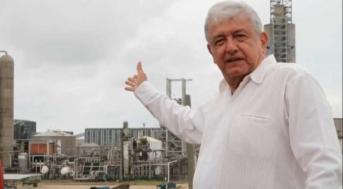 AMLO: Las privatizaciones en México han sido sinónimo de megarobos (VIDEO)