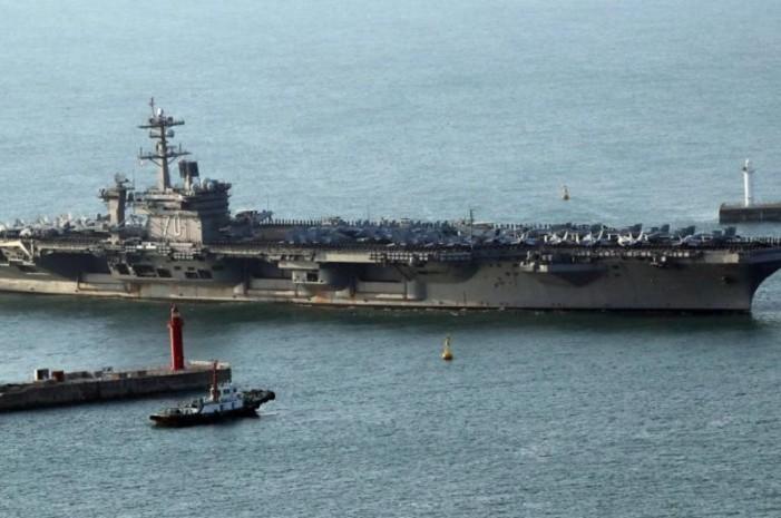 Rusia y China envían buques para 'vigilar' al portaaviones de EU
