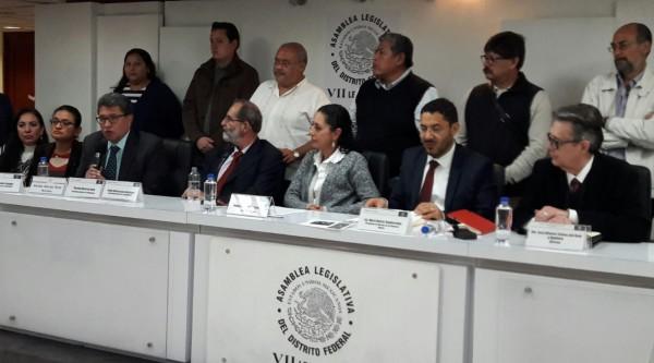 Diputado del PRD ataca a Claudia Sheinbaum, delegados de Morena la respaldan