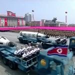 Corea del Norte presenta nuevos misiles, advierte que 'agresores no sobrevivirán'