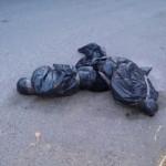 Tiran a dos embolsados a metros de la Fiscalía de Guerrero
