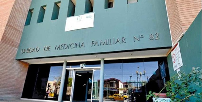 Empleada despedida del IMSS ataca con tijeras en mano a ex-compañeras