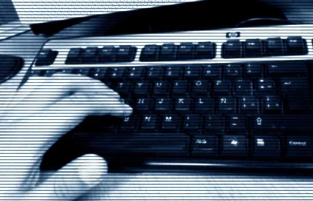 15% de los jóvenes pasan más horas en internet que en aulas