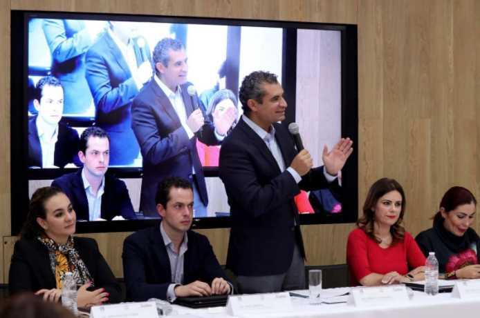 Como si se pudiera, Ochoa Reza dijo que si gana Morena al país le iría mal