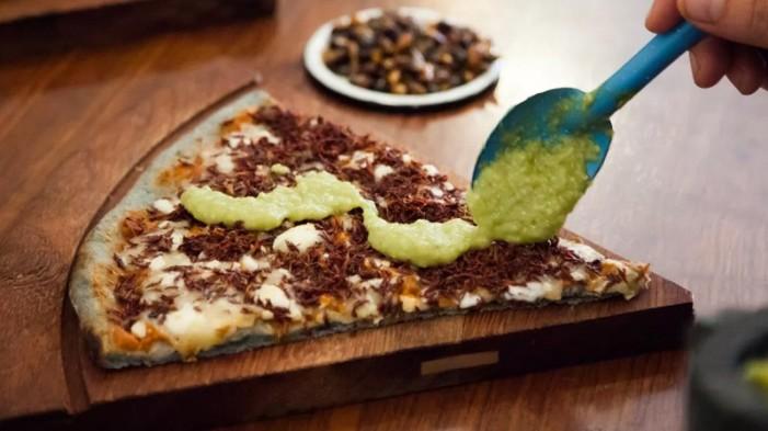 Pizzería mexicana integra personas marginadas al trabajo