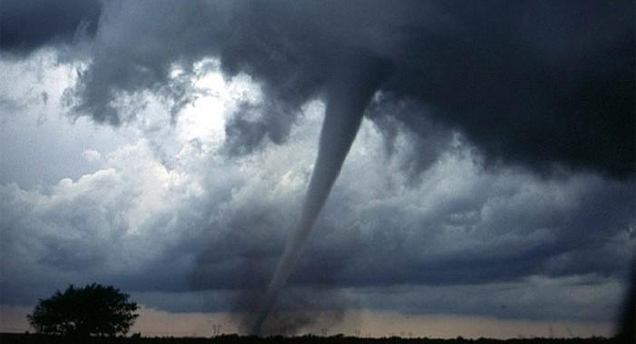 Tornado en Texas deja al menos cinco muertos y varios heridos