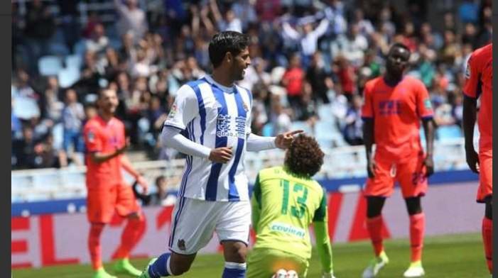 Gol de Carlos Vela envía equipo de Guillermo Ochoa a Segunda División (VIDEO)