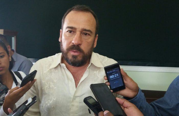 Congreso de Veracruz salva del desafuero a alcalde acusado de violencia familiar