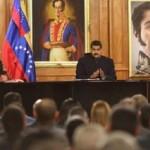Maduro firmó decreto para instalar una Asamblea Constituyente y crear nueva Constitución