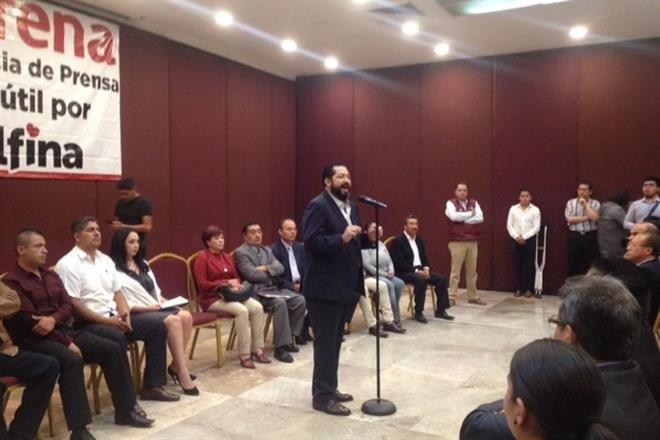 Se suman 17 dirigentes de PRD, PAN y PT a campaña de Delfina Gómez