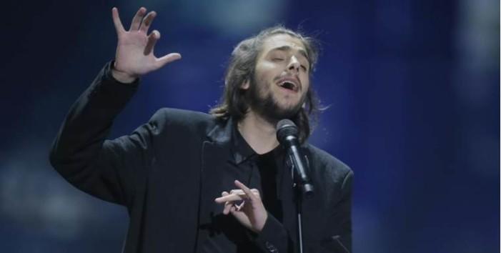 "Portugal gana Eurovisión, con ""Amar Pelos Dois"" interpretada por Salvador Sobral"