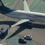 Avión de Aeroméxico choca en aeropuerto;  hay 6 heridos