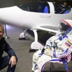 Avión de energía solar completó su primer vuelo