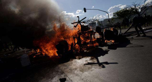 Brasil arde contra Temer