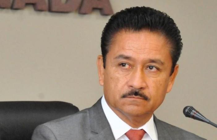 Denuncian a ex alcalde de Ensenada por desvío de fondos