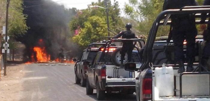 Grupo armado en Guerrero golpean y amenazan a reporteros