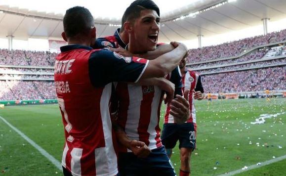 Luego de 47 años Chivas gana dos campeonatos