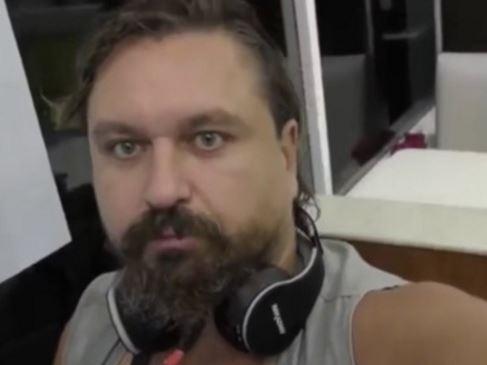 Sale Lord Nazi Ruso del hospital y lo llevan a prisión; comunidad rusa acusa omisión