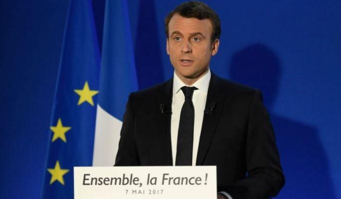 Prohíben a ministros y diputados contratar a familiares en Francia