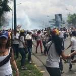 Opositores prendieron fuego a 19 'chavistas' en Venezuela