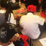 Demandan niños, maestros y padres escuelas en Hidalgo; niños toman clases en el piso