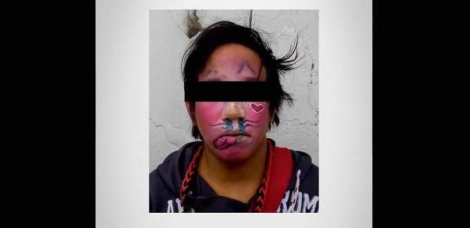 Payaso abusa de una joven mientras ella dormía