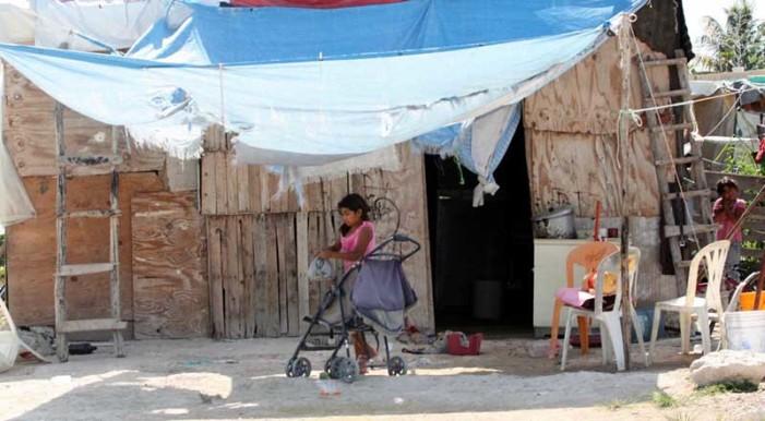 En Santos Reyes Yucuná, Oaxaca el 99.9% de la población vive en pobreza extrema