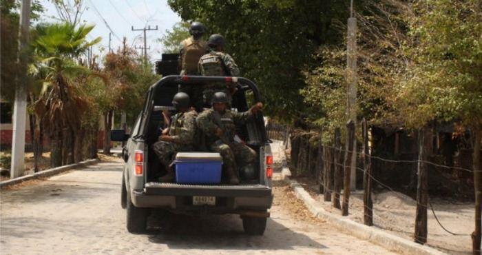 Sierra de San Ignacio: desplazan a mujeres y se llevan a hombres