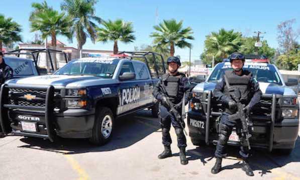 Policías detienen, torturan y amenazan a periodista en Quintana Roo