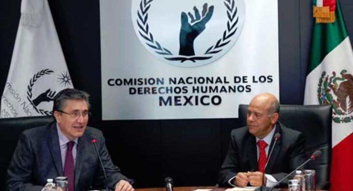 CNDH condena espionaje a periodistas y abre expediente para investigación