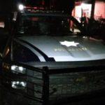 Huachicoleros desarman y golpean a policías en Puebla