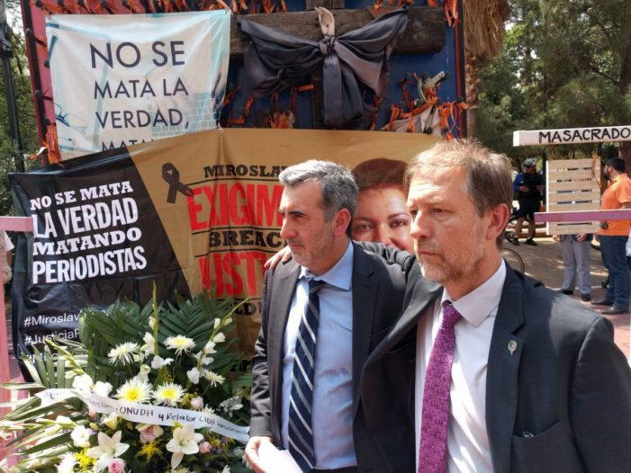 Protestan periodistas en Chihuahua a 3 meses del asesinato de Miroslava Breach