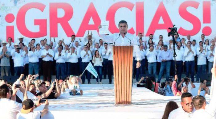 Entregan a Riquelme constancia de próximo gobernador de Coahuila