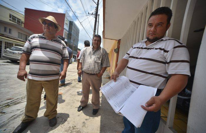 Taxistas veracruzanos reclaman pagos por apoyar al PRD: 'PRI sí pagaba'