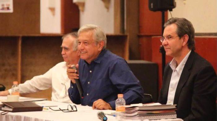 AMLO anuncia Proyecto de Nación 2018-2024, encabezado por Esteban Moctezuma